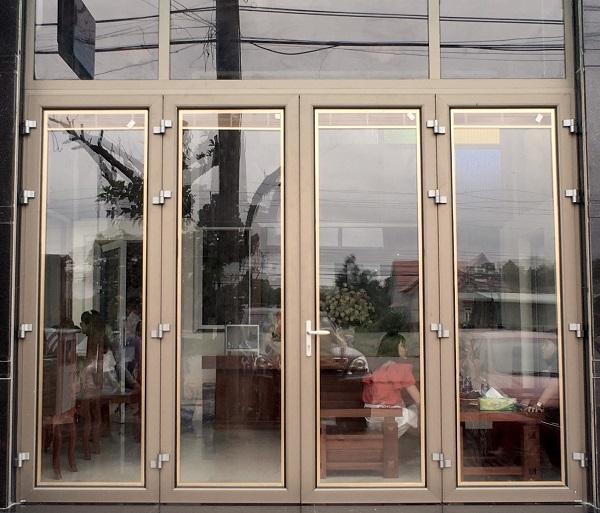 cửa đi 4 cánh jma